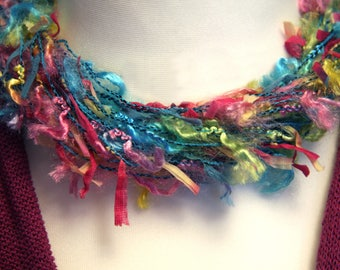 Funky Ribbon Yarn*Wool*Twisted Fabric Cord Choker Necklace. Magnetic Fastening. Multicoloured.