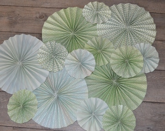 rosettes or rosettes (pale green) paper
