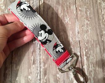 Mickey and Minnie key fob//Disney keychain