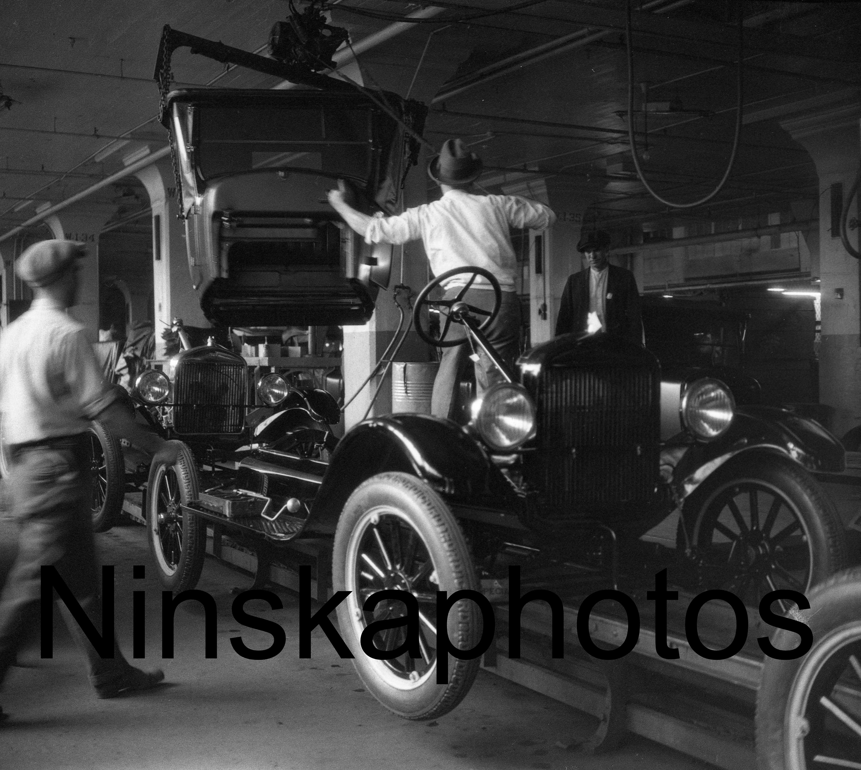 Ford Model T Assembly Line, Ford Factory Fordson Plant, Detroit ...