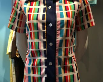 Vintage 1970s Multi-Colored Short Sleeved Button Up Top - Size 7/8