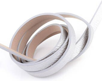 1.2 meter of 10mm silver flat cord