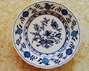 Blue Onion dinner plate made in Bavaria Germany