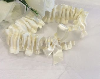 Ivory Wedding Garter, Satin Garter, Modern Garter, Bridal Garter, Elegant Garter, Wedding Garter, Bridal Lingerie