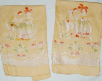 Vintage Towels Courting Tea Oriental Yellow Damask