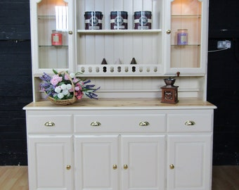 Stunning Pine Large Welsh Dresser with Lights- Farrow&Ball No2013 MATCHSTICK
