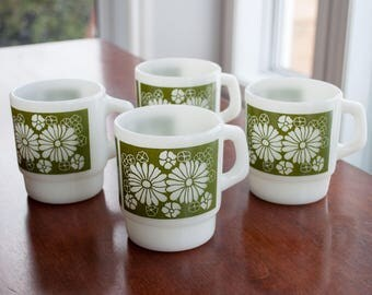 4 Vintage mugs FireKing/Anchor hocking with green flower pattern - Fire king green flower