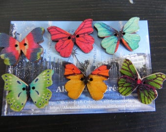 6 depicting butterflies wooden buttons in different colors