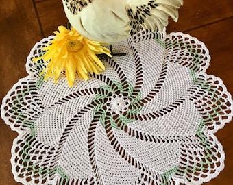 Spearmint Pinwheel Doily - French Country Decor - Housewarming Gift - Coffee Table Decor - Crochet Doily - Rustic Decor - Prim Decor