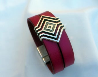 Cuff leather 2 x 1 cm fuschia