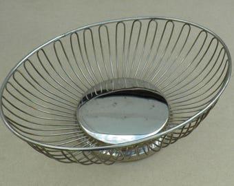 Metal Fruit Bowl - Elegant Design - Vintage