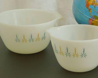 Vintage Candle Glow Mixing Bowls, Fire King, Atomic, Starburst, Cinderella Nesting Milk Glass, 1 QT, 2 QT, Handle, Prep, Round, Blue, Gold