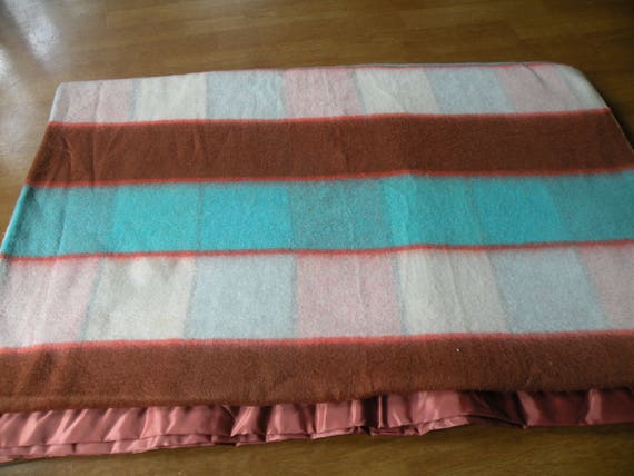 Vintage Blanket 70x88 Beacon Blanket Made In The Usa