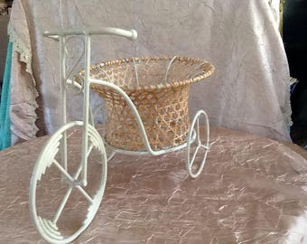 Vintage Wicker Basket Tricycle/Bicycle Planter Pot/ Home Decor