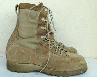 Mens hiking boots size 11.5 lace-up combat boots army leather Gore-Tex tan suede walking military boots mid-calf vintage army boots EU45