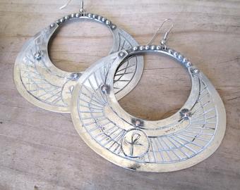 Hippie earrings drop earrings dangle earrings bronze tone Boho earrings Gypsy earrings vintage 70s earrings gift for her.