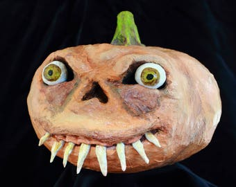 HALLOWEEN TEETHY PUMPKIN, Paper Mache Art, papier mache sculpture, ugly, whimsical, teeth pumkin face, home autumn decoration, fear