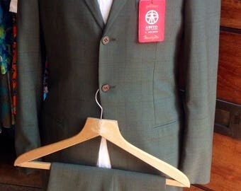 DEADSTOCK 1960s green check lightweight suit