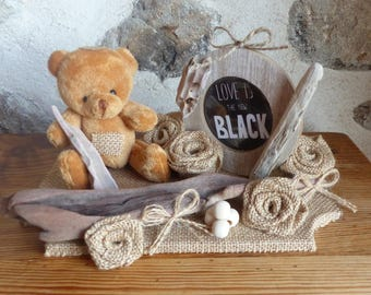 Picture frame and the brown bear