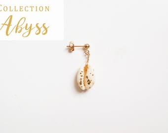 Abyss white gold plated (gold filled) 14 k earring