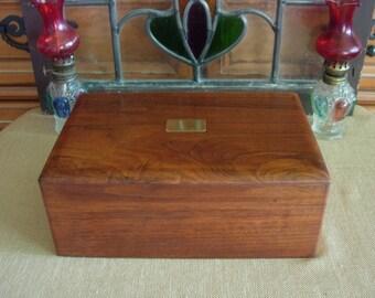 Vintage DECO Decatur Industries GENUINE WALNUT Wood Wooden Box Cigar Humidor