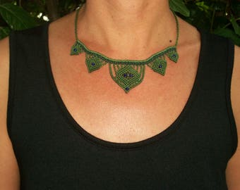 Celtic style macrame necklace, green grass, bohemian choker, macrame choker, macrame choker
