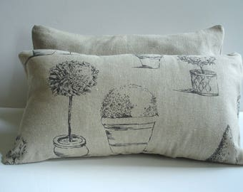 """Linen pillow cover """"Ours"""" print, French garden"""