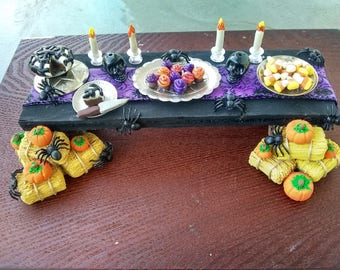 Miniature Halloween table