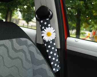 Polka dot seat belt cover Daisy seat belt cover Floral seat belt cover Flowers seat belt Car accessories Daisy car decor Dotted seat belt