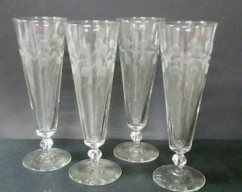 Vintage etched glass champagne stemmed glasses  set of 4