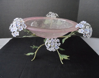 Vintage Pink  Bowl On Metal Stand With Blue/Purple Hydrangea and Leaves, Display piece, Potpourri Holder, Fruit Bowl  1376