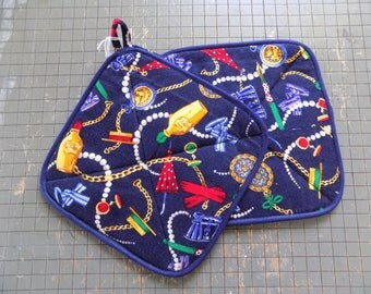 Accessory inspired Hot Pad Set