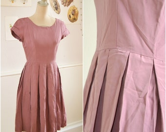 Vintage Mauve 50s Dress, for Petticoat, Lavender, 1950, size S, perfect condition
