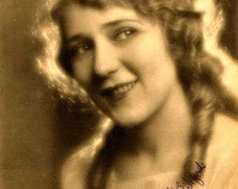 Mary Pickford Publicity Photo, Celebrity Photo, Hollywood Royalty, Publicity Photos, Autographed Photos, 1920s
