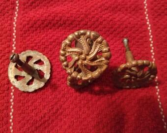 6 brass pulls, flowered design