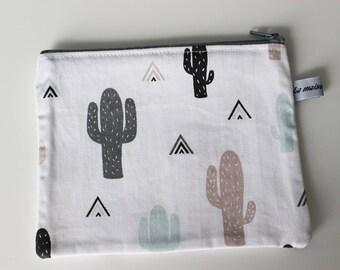 Zipper pouch for children