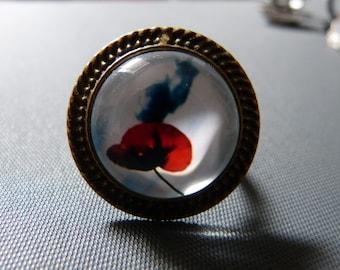 Poppy cabochon ring