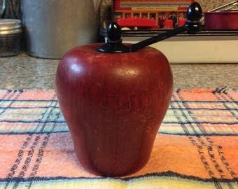 Apple shaped pepper grinder