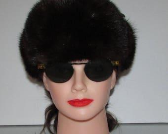 "Superbe chapeau de véritable fourrure de vison brun  foncé style aviateur /Superbe dark brown aviator trooper  real mink fur hat  21""1/2"