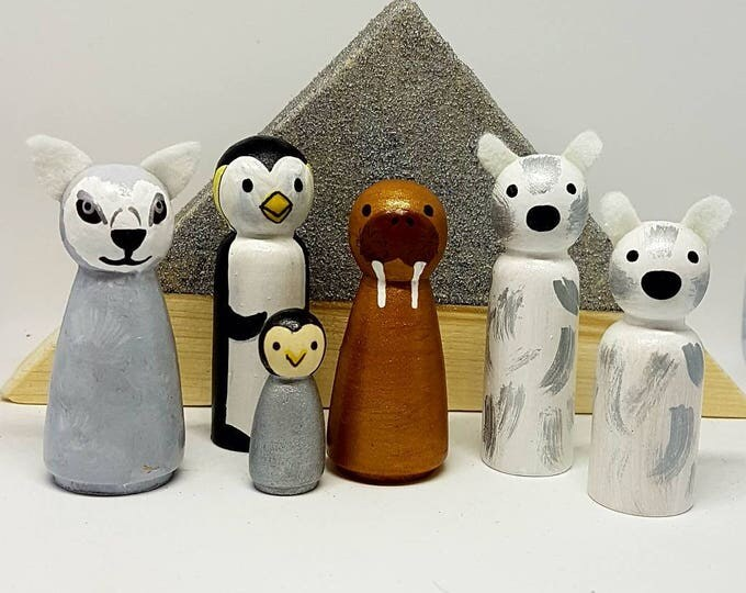 Featured listing image: Arctic Animals Peg dolls set x6