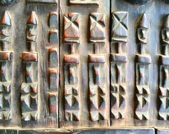 Replique d'une porte Dogon en bois - Dogon wooden door replica