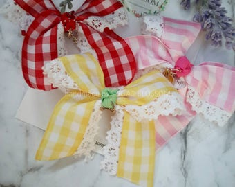 Gingham with lace trim hair clips - hair accessories - baby hair clips - girls hair clips - handmade by sugrblossom