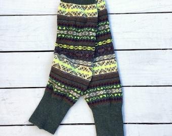 Fair Isle Crochet Knit Leg Warmers (Bramble Green)