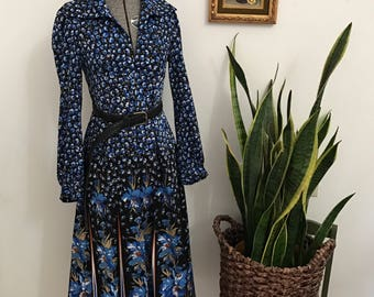 Polyester dreams:blue snd black collared a-line dress