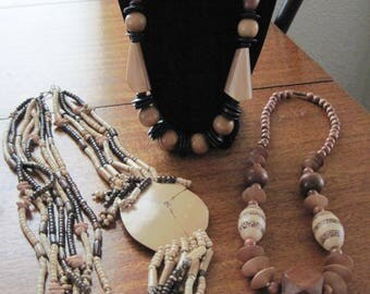 Vintage wooden necklaces (3)