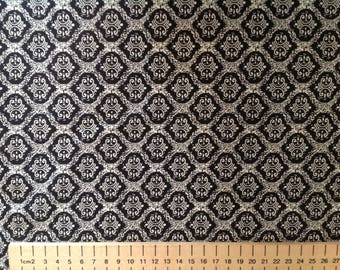 High quality cotton poplin, black and white geometrical print
