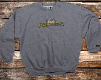 Vintage Green Bay Packers Grey Puma Crewneck Sweatshirt Size L/M For Fans of The Pack or Vintage NFL Sweatshirts ***Shipped Same Day***