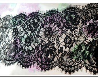 1.4 M * 29 cm lace Black Lace fringe - CHANTILLY LACE BLACK Ref. 2201