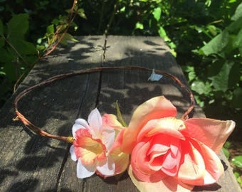 Simple and elegant flower crown (pink, coral and white)
