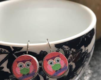Handmade owl wood cabochon earrings - 16mm